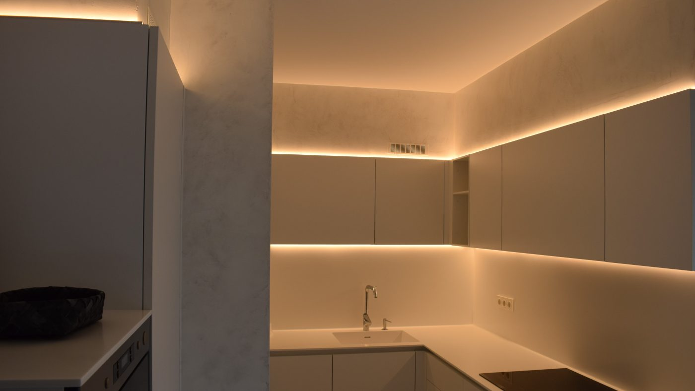 Iluminaci n con luz indirecta de led proyectos elustondo elektrizitatea iluminazioa - Iluminacion indirecta led ...